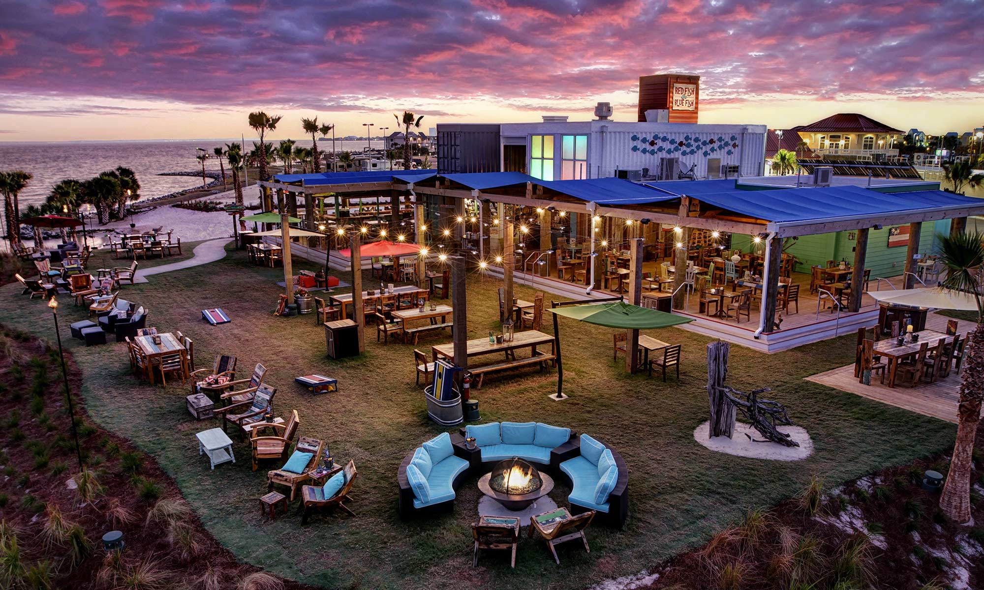Red fish blue fish restaurant pensacola beach for Blue fish florida